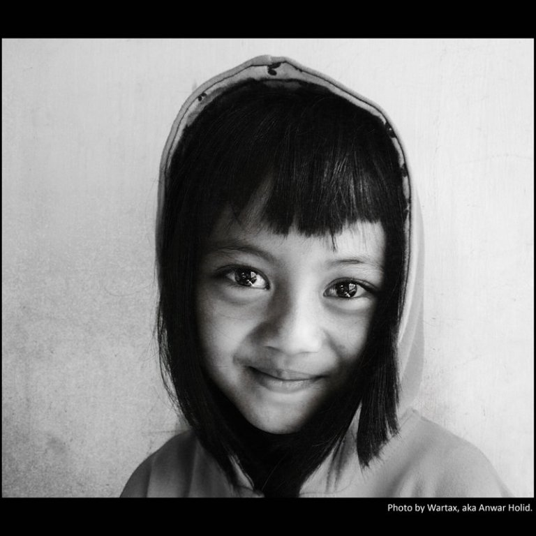 Binar mata gadis kecil Bandung