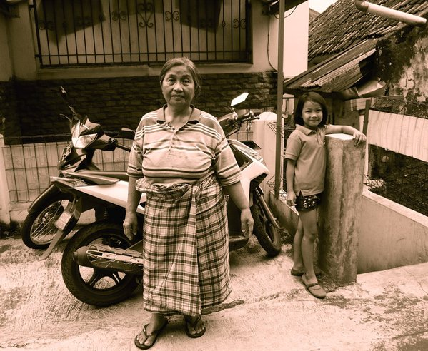 nenek dan cucu