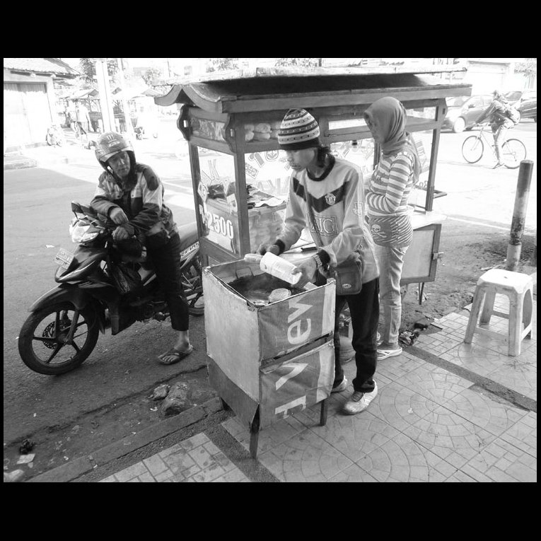 Sepasang Penjual