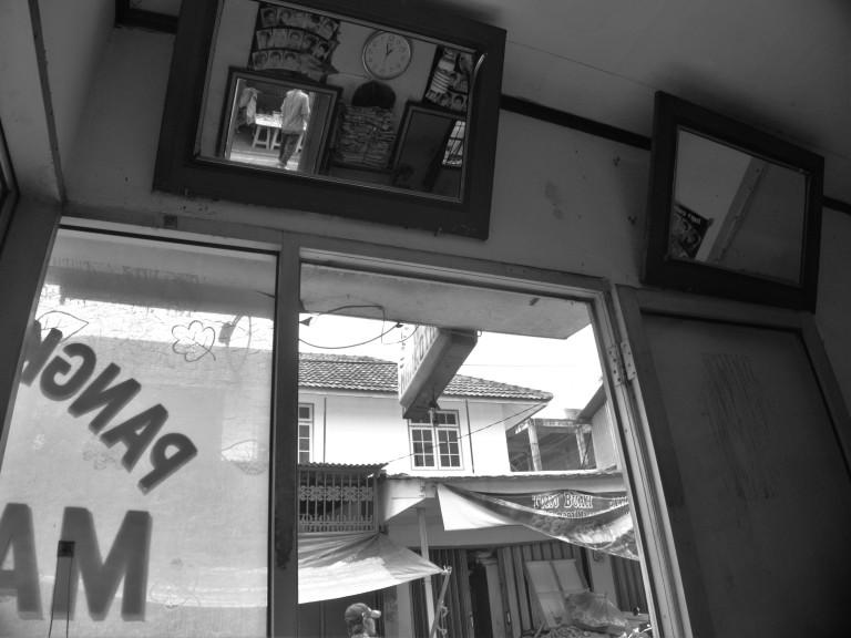 interior-kedai-cukur